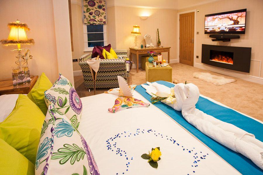 Tivoli Suite with Hot Tub and Spa Bathroom